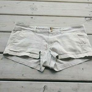 5/$15 American Eagle size 6 Tan Short Shorts